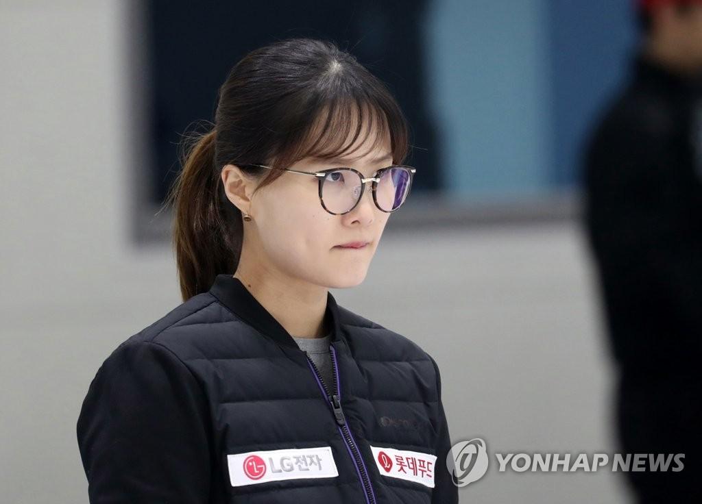 """돌아온 팀 킴 """"더 발전해서 다시 태극마크 달겠다"""""""