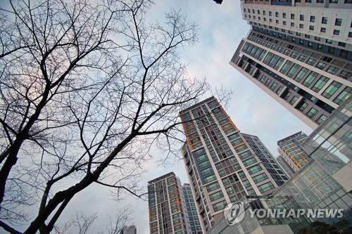 """LA등 고층아파트 건축 용이하게""... 법안 주상원 소위원회 통과"